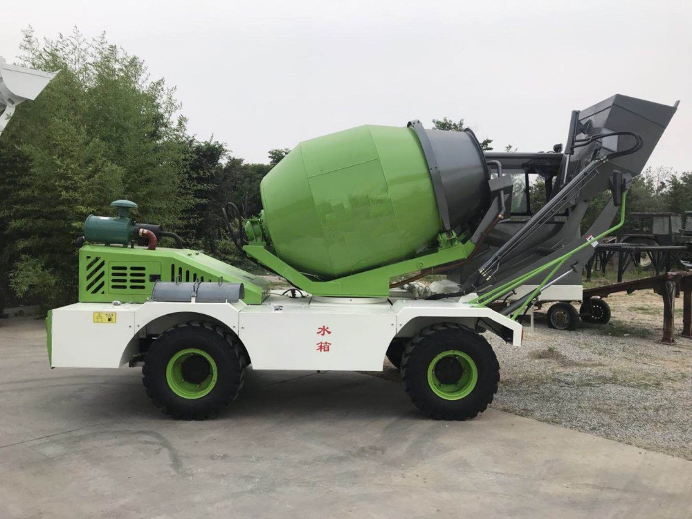 1.0 M3 Concrete Construction Equipment With Yuchai Engine And 5.2 Tons Weight